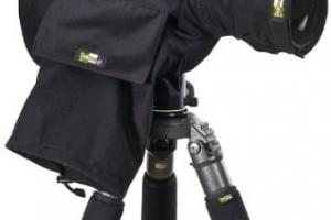Protect Your DSLR Camera From Rain: 5 Rain Covers