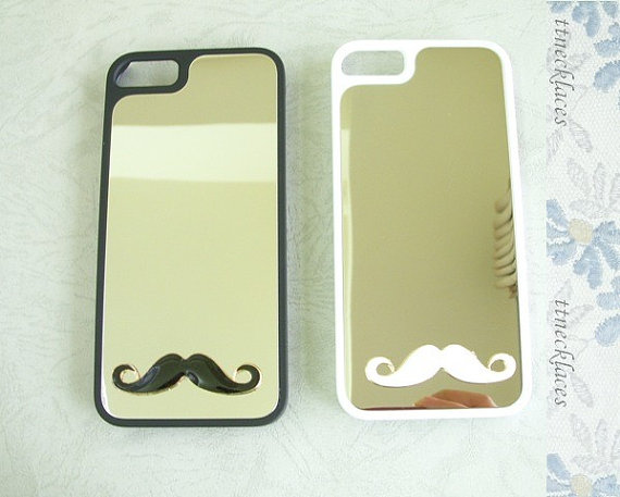 3 Cool iPhone Mirror Cases