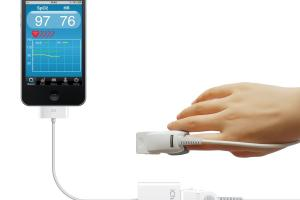 3 Pulse Oximeters for iPhone