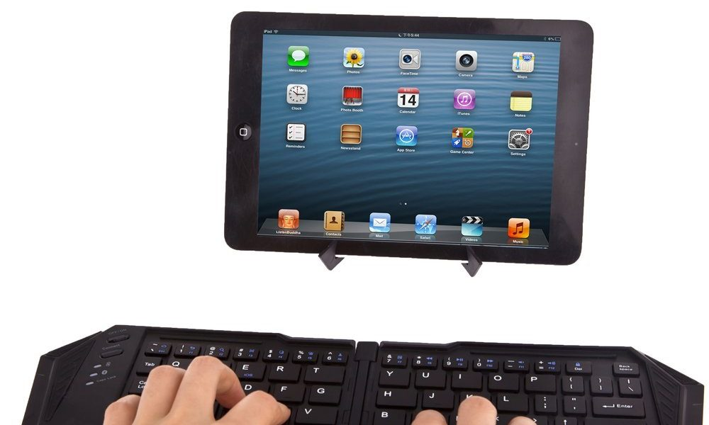 3 Folding Keyboards for Tablets & Smartphones