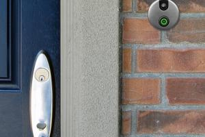 2 Smart Doorbells for iPhone & Android
