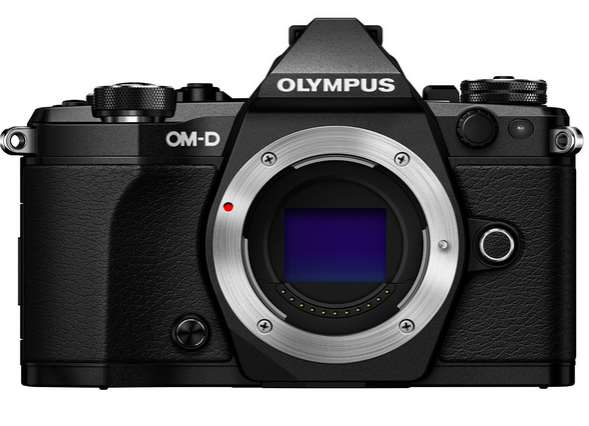 4 Essential Olympus E-M5 Mark II Accessories