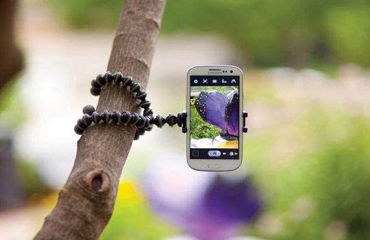 3 Flexible Stands for iPhone & Smartphones