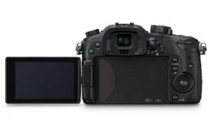 15 Must Have Panasonic LUMIX GH4 Accessories