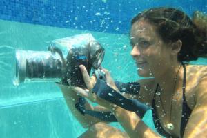 3 Waterproof Cases for DSLR Cameras