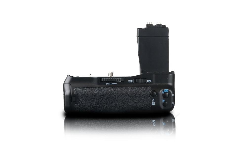 3 Cool Battery Grips for Canon T4i and T3i