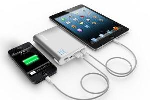 5 Quality Battery Extenders for iPhone 5