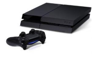 3 Essential PlayStation 4 Accessories