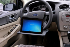 Use Your iPad In Your Car: 5 Mounts & Holders
