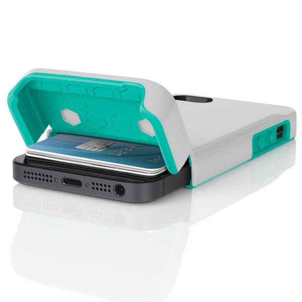 5 Awesome Credit Card Cases for iPhone 5S / 5