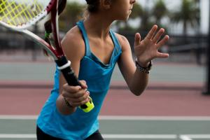 3 Smart Tennis Sensors for iOS & Android