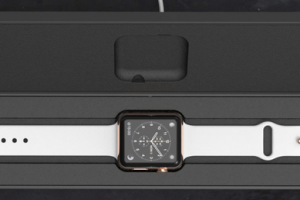Travel with Your Apple Watch: 4 Accessories