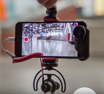 Pivot Articulating Smartphone Video Grip