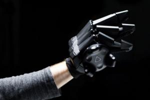 VRgluv Force Feedback Haptic Gloves for Oculus Rift & HTC Vive