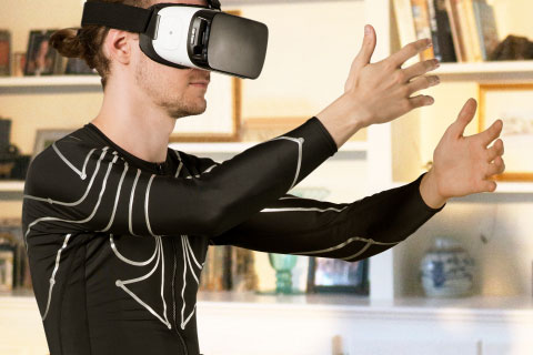 e-skin Smart Motion Tracking Shirt for VR