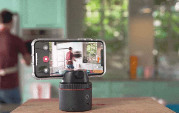Pivo Robotic Pod for Smartphone Video
